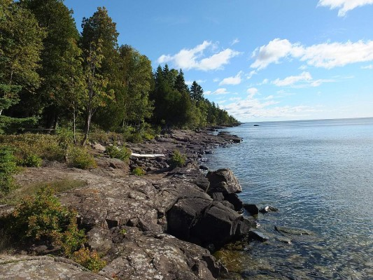 Lake Superior Coastline, Isle Royale, Northwoods Nature Tour, Michigan Nature Tour, Naturalist Journeys