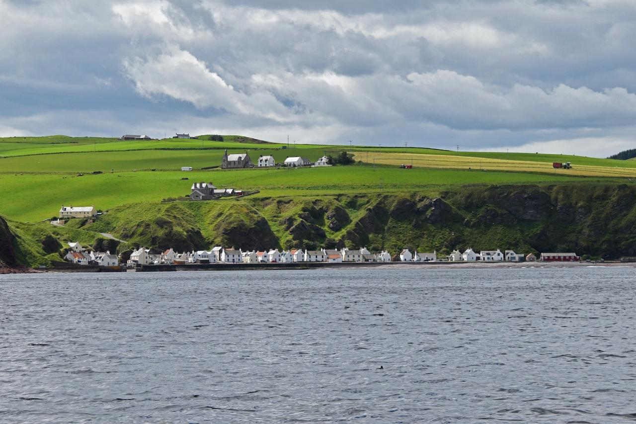 Coastal Village, Scotland, Scottish Highlands, Scottish Islands, Scotland Birding Tour, Scotland Nature Tour, Naturalist Journeys